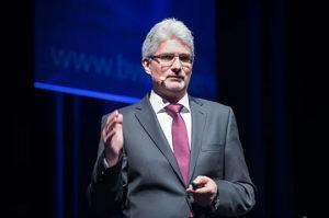 Professor Lothar Abicht